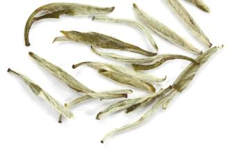 jasmine silver neddle white tea